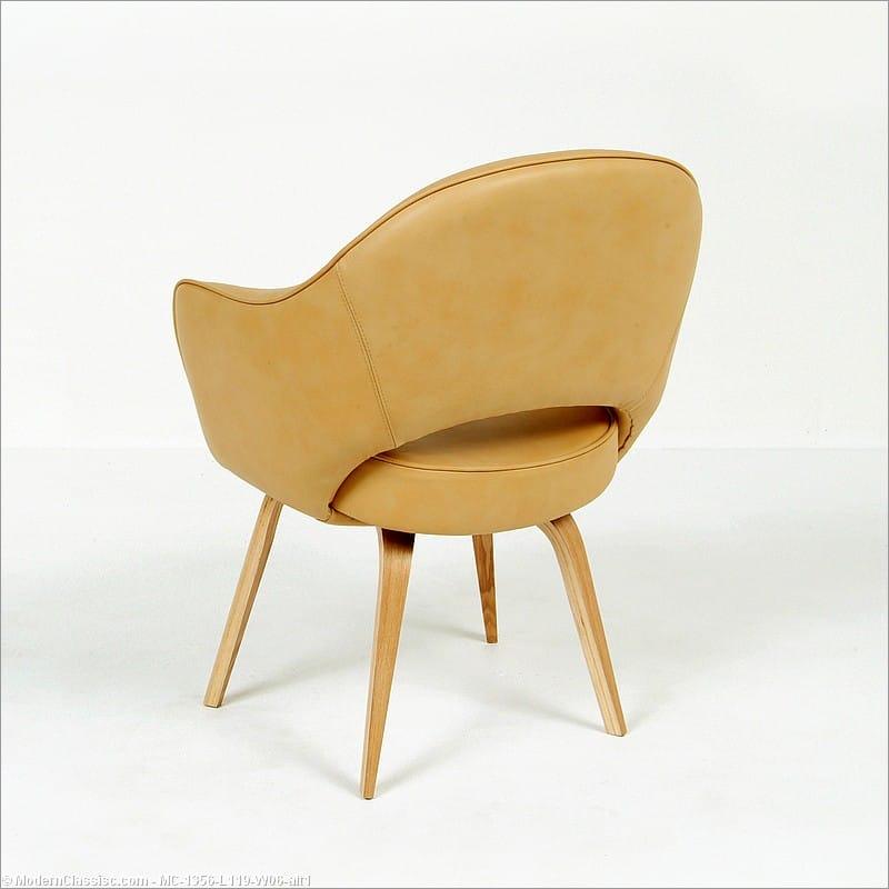 Comparison Guide Saarinen Armchair Modernclassics Com