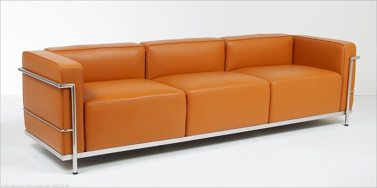 Le corbusier lc3 grande sofa for Classic reproduction furniture