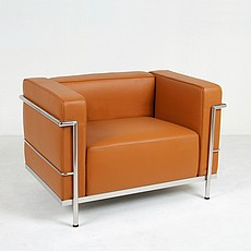 Le Corbusier LC2 Chair in Honey Tan